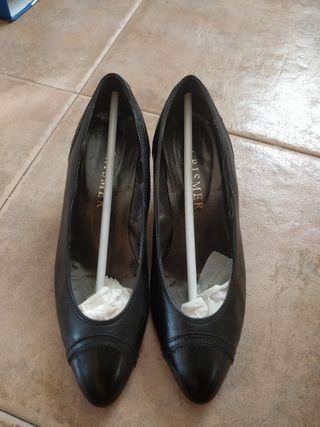Zapatos mujer. piel