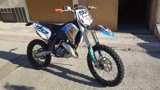 KTM exc 125 como nueva del 2011