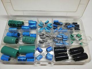 Lote condensadores electroliticos