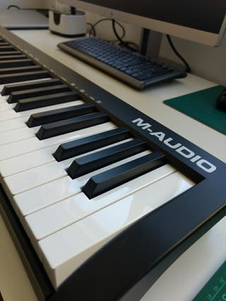 Teclado MIDI M-Audio Keystation 61MK3