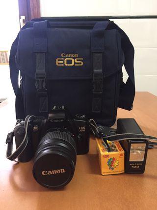 CÁMARA CANON EOS 3000