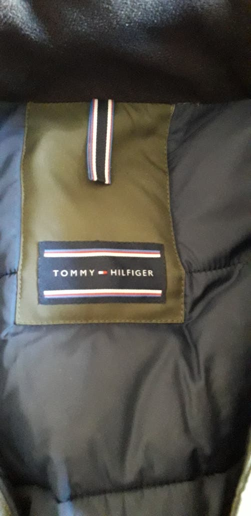 TOMMY HILFIGUER DE PLUMAS HOMBRE XL