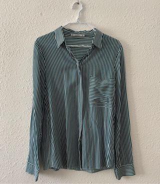 Camisa de rayas verdes de Pull&Bear