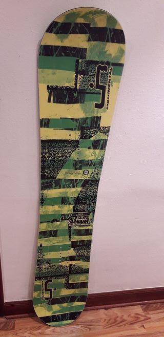 tabla snowboard Libtech Skatebanana 153W un uso