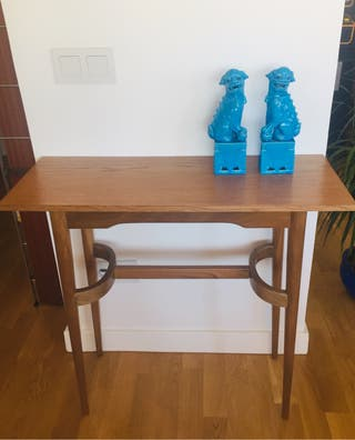 Mesa auxiliar estilo danés vintage