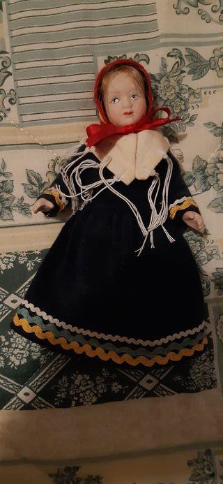 muñeca porcelana rusa
