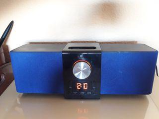 Altavoz con reloj y alarma Logitech
