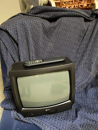 Televisión pequeña antigua Lg