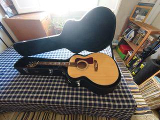 Guitarra Acústica profesional tamaño Jumbo