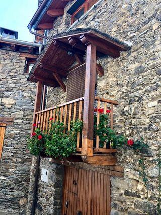 OFERTA HASTA CUATRO PERSONAS Casa alquiler turistico en Ogassa-Ripolles-Girona 100€ por noche hasta 4 PERSONAS minimo 2 noches
