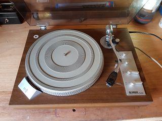 vintage yamaha YP 450 turntable