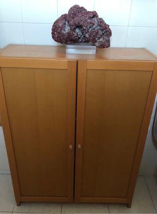 Mueble billy IKEA con puertas madera haya 80x106