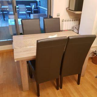 Mesa comedor más sillas