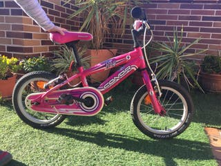 Bici Conor de 14 'en rosa