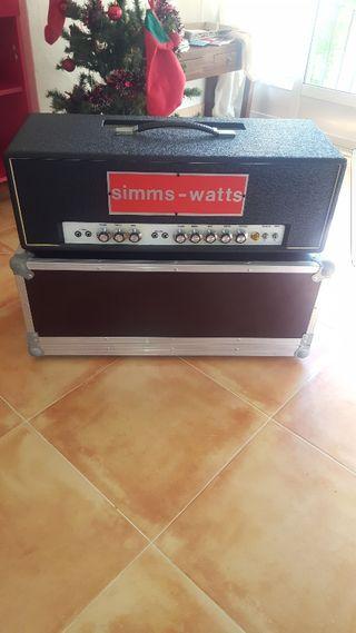 Amplificador simms watts de guitarra bajo