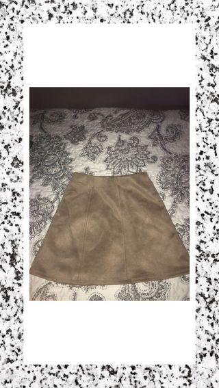 Falda de tubo marrón de lefties