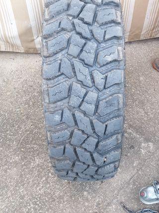 Vendo 4 neumáticos 4x4