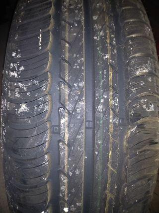 neumático 195/65/R15