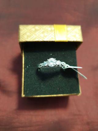 anillo de acero para mujer