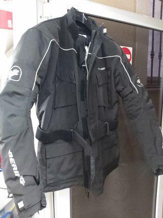chaqueta protecciones moto
