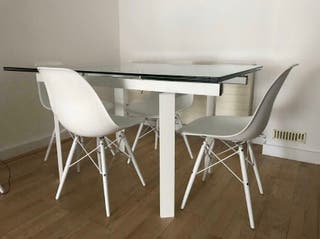 White and crystal Dining table