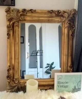 Espejo dorado estilo Rococó
