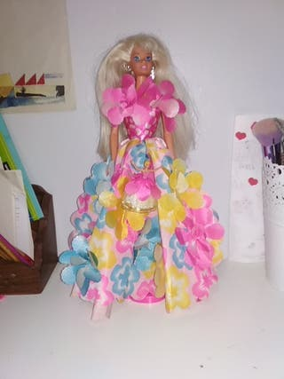 Barbie vintage flores mágicas