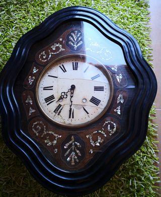 Se vende reloj de pared antiguo