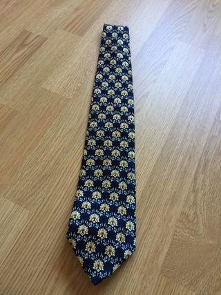 Corbata de la marca DUSTIN
