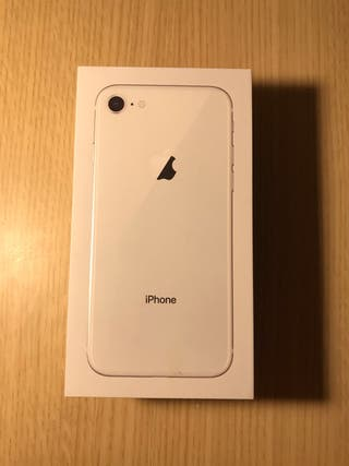 IPhone 8 128GB + Funda de cuero Negro Apple