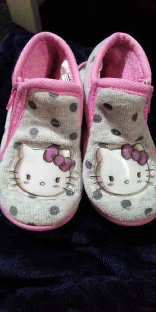 Zapatillas Hello Kitty 21