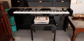 Piano Vertical Petrof 100 harmony negro pulido