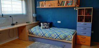DORMITORIO JUVENIL con zona de estudio y cama nido