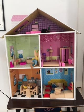 Casa de muñecas completa