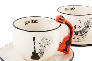 Tazas con plato porcelana música