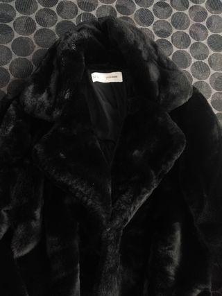 """Abrigo negro """"Sfera"""""""