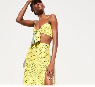Falda amarilla lunares talla S