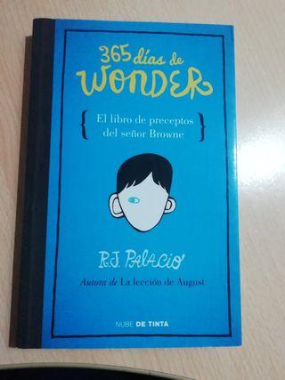 365 días de Wonder de R.J. Palacio
