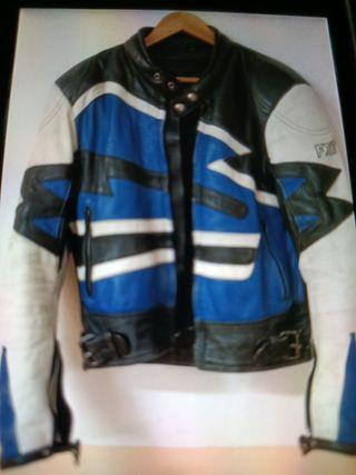 chaqueta de cuero para moto