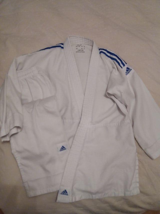 kimono Judo o Karate adidas