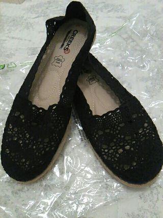 Zapatos de encaje negro