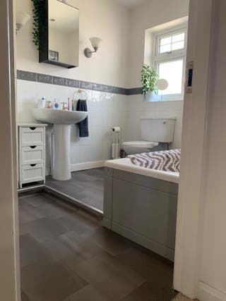 Bathroom/kitchen fitters