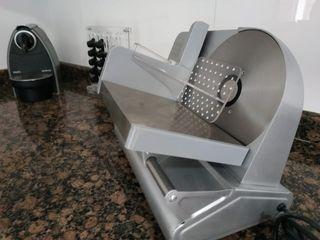 cortadora eléctrica de fiambres