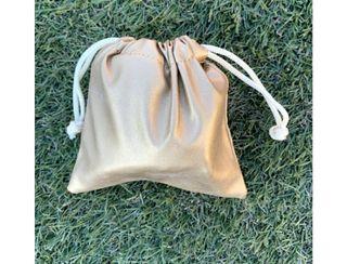 bailarinas con bolsa