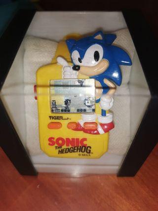 Antigua consola reloj Sonic
