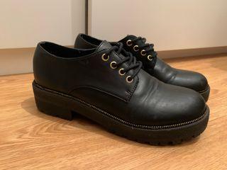 Zapatos negros Green Coast