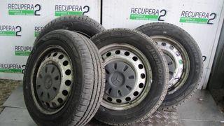 Llantas y neumáticos mercedes vito w369