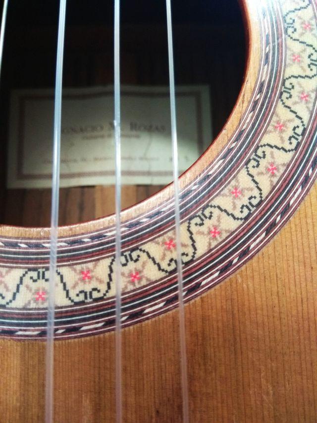 Guitarra Ignacio Rozas.