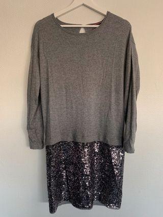 Vestido gris lentejuelas Comptoir des Cotonniers M