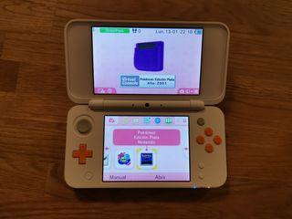 Nintendo 2ds XL (versión naranja y blanca)